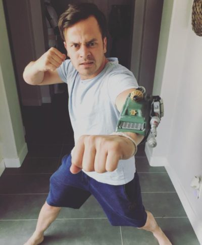 Daniel Logan Pointing his Gauntlet Rocket at you!